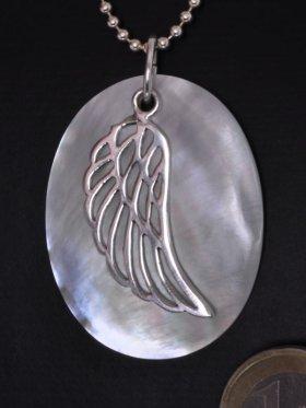 Symbol Engelsflügel, 925 Silber, auf Perlmutt