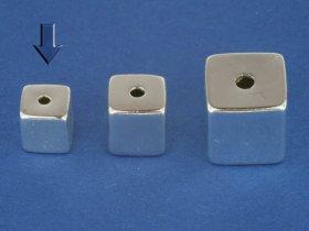 Superlight - Würfel poliert, mittig gebohrt, 5 mm, VE 15 Stück