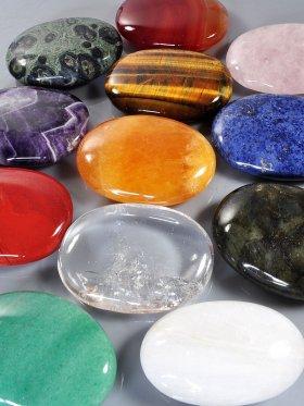 Massage- / Seifenstein, Modell A, verschiedene Steine