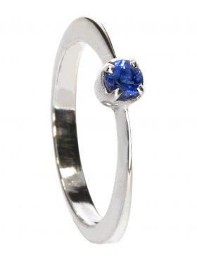 Disthen, Ring in 925 Silber gefasst, Größe 53