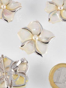 Perlmutt Anhänger/Brosche, mit Perle und Silber, Flora Collection