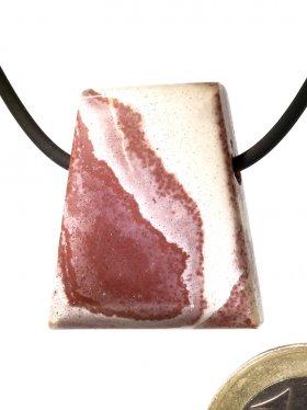 Souvenir aus dem Schwarzwald - Anhänger aus Liesegang-Stein mit einer seitlichen Bohrung