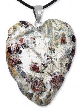 Granat in Glimmerschiefer, Anhänger Herz mit Silberöse aus Kärnten, Unikat