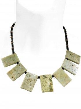 Steinkette aus den Schmucksteinen Muschel braun und Onyx, Verschluss 925 Silber rhodiniert