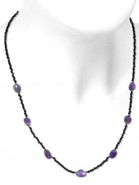 Steinkette aus den Schmucksteinen Spinell und Amethyst, Verschluss 925 Silber rhodiniert