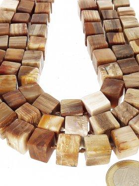 versteinertes Holz aus Mexiko, Würfel 11/11 mm, Strang Länge ca. 41 cm, 1 St.