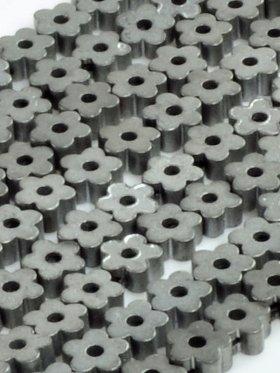Hämatit rek. bedampft mit Titanoxid, Blume - Grautöne matt