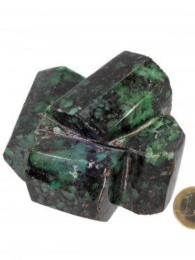 Smaragd anpoliert aus Brasilien, Deko mit natürlicher Standfläche, Unikat