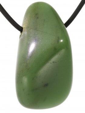 Chalcedon grün (Chromchalcedon), Trommelsteine gebohrt, 1 St.